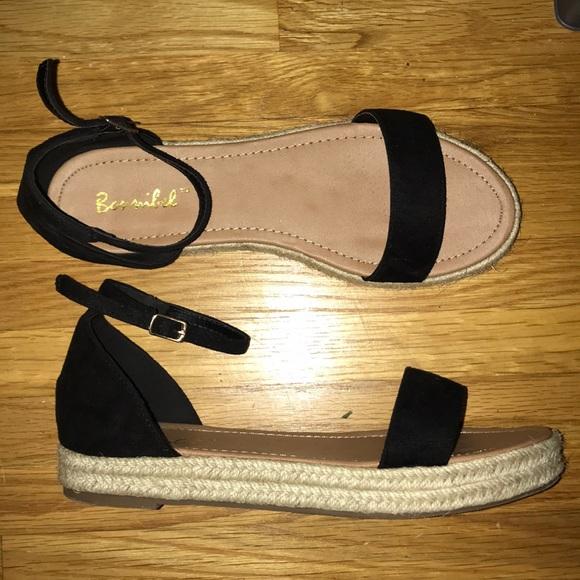 f71e3d181 Cute poppy flatform sandals! M 5b27aba45c4452e1b4d67aa1. Other Shoes ...